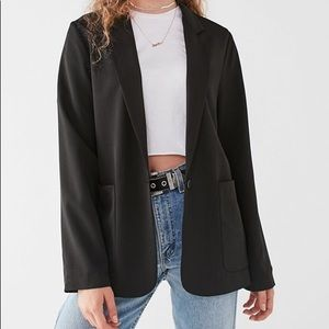 URBAN OUTFITTERS OVERSIZED BLAZER
